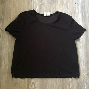 H&M Divided crop top